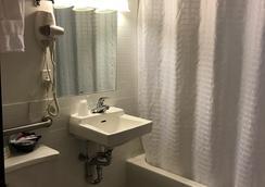 ホテル ミモザ - ニューヨーク - 浴室