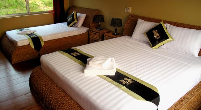Atmaland Resort - ケップ - 寝室