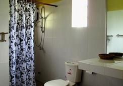 Atmaland Resort - ケップ - 浴室