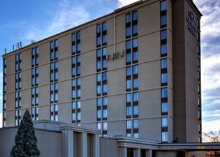 クラウン プラザ ホテル ニューアーク エアポート