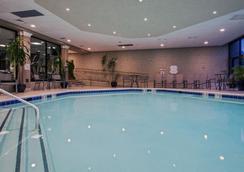 クラウン プラザ ホテル ニューアーク エアポート - エリザベス - プール