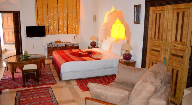 Riad Ghali & Spa - マラケシュ - 寝室