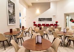 The Point Orlando Resort - オーランド - レストラン