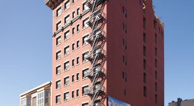 ラマダ ガスランプ / コンベンション センター - サンディエゴ - 建物
