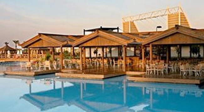 Limak Lara De Luxe Hotel - クンドゥ - 屋外の景色