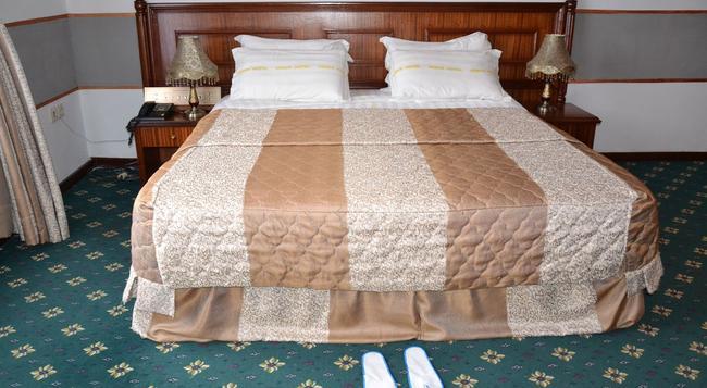 Venus Hotel - キンシャサ - 寝室