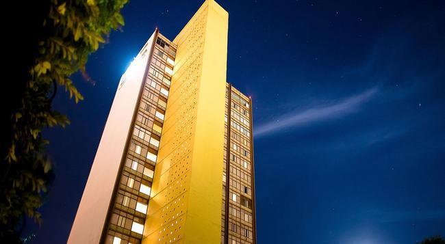 ミシオン グアダラハラ カールトン - グアダラハラ - 建物