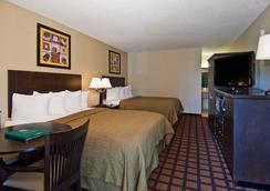 Quality Inn Daytona Speedway I-95 - デイトナ・ビーチ - 寝室