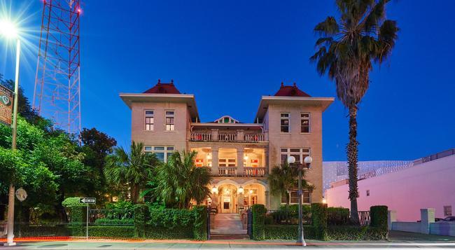 Hotel Havana - サンアントニオ - 建物