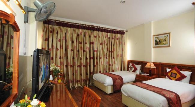 Ngoc Mai Hotel - ハノイ - 寝室