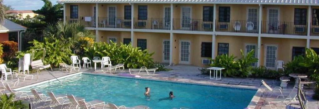Orange Hill Beach Inn - ナッソー - 建物
