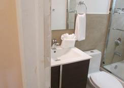 スターダスト ホテル - マイアミ・ビーチ - 浴室