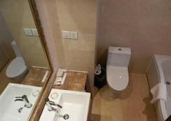 GreenTree Eastern Quzhou Hewu Road Hotel - Quzhou - 浴室