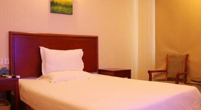 Greentree Inn Jiangsu Yancheng Dafeng Huanghainorth Road Changxins) Road Business Hotel - Yancheng - 寝室