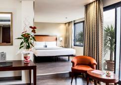 ホテル バルモラル - バルセロナ - 寝室