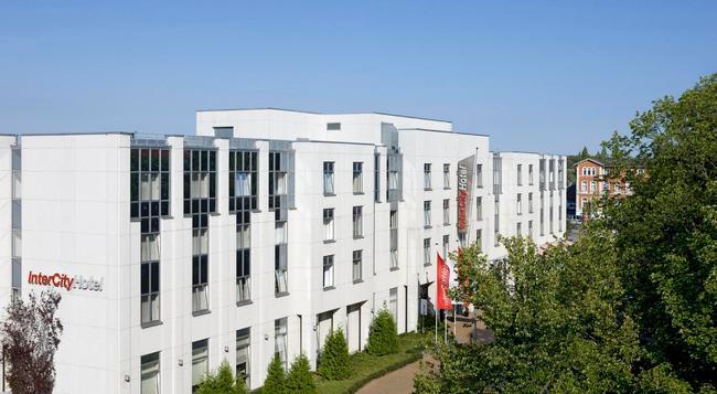 InterCityHotel Rostock - Rostock - 建物