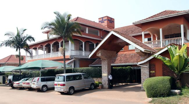 Airport View Hotel - エンテベ - 建物