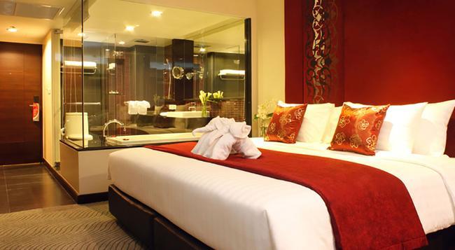 フラマ シーロム ホテル(旧ユニコ グランデ シーロム) - バンコク - 寝室