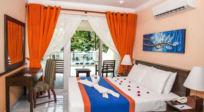 パラダイス ビーチ ホテル - ネゴンボ - 寝室