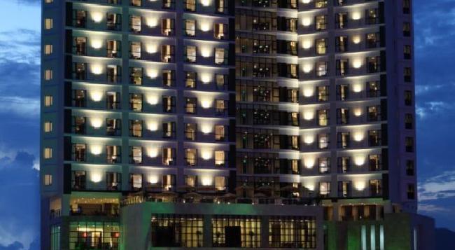 センデラックス ホテル - Tuy Hoa - 建物