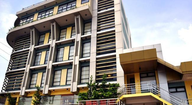 ソレステ スイーツ - Quezon City - 建物