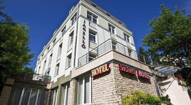 ヤッゲロー ビジネス ホテル - ブダペスト - 建物