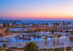 Cleopatra Luxury Resort Makadi Bay - フルガダ - プール