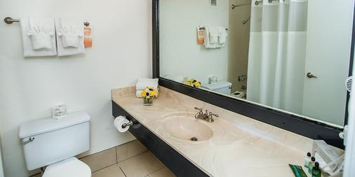 フーターズ カジノ ホテル - ラスベガス - 浴室
