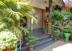 Sunshine Hotel & Hall - トリンコマリー - 屋外の景色