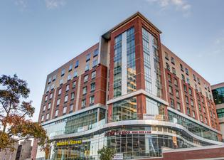カンブリア ホテル & スイーツ ホワイト プレインズ ダウンタウン