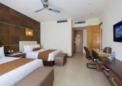 B2B Malecon Plaza Hotel & Convention Center - カンクン - 寝室