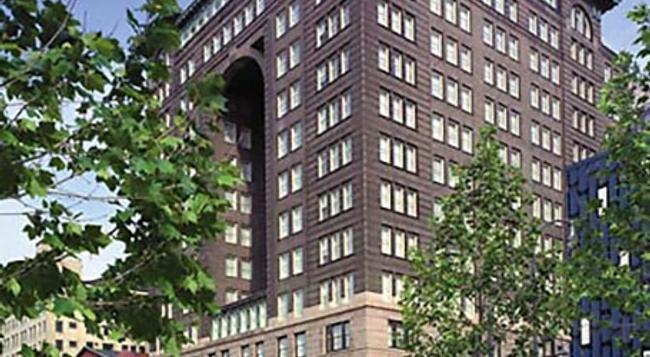 Renaissance Pittsburgh Hotel - ピッツバーグ - 建物