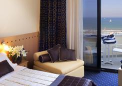 Hotel Sporting Rimini - リミニ - 寝室