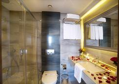 コーナー ホテル ラレリ - イスタンブール - 浴室