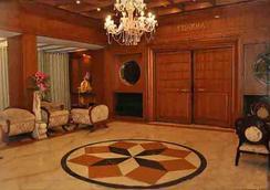 Hotel Satya Ashoka - Jabalpur - ロビー
