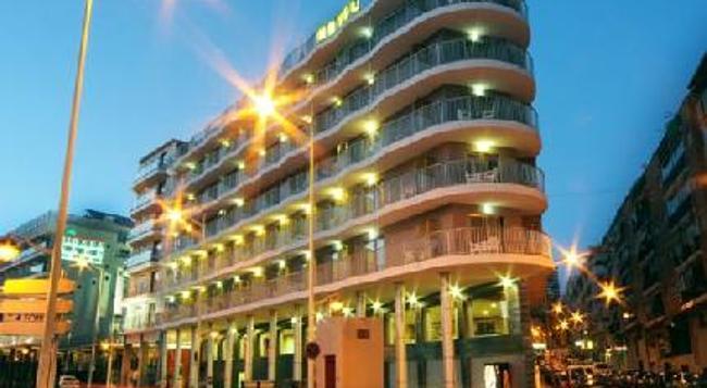 Hotel Rambla - ベニドーム - 建物