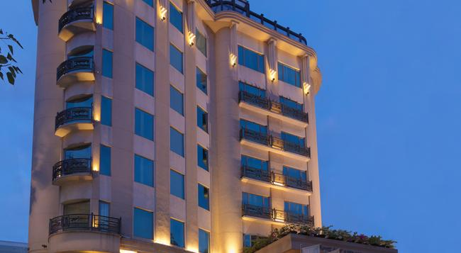 Goldfinch Hotel - バンガロール - 建物