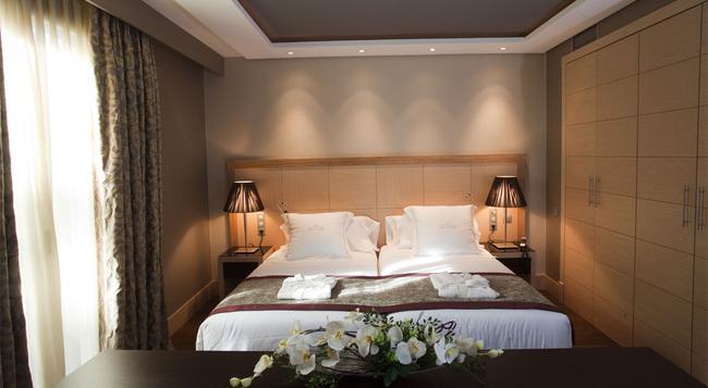 Nexus Valladolid Suites & Hotel - バリャドリッド - 寝室