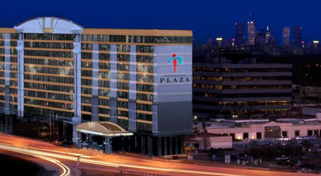 インターナショナル プラザ ホテル アンド カンファレンス センター - トロント - 建物