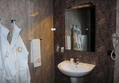 Avan Plaza - エレバン - 浴室