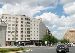 シティ ハウス ホテル フロリダ ノルテ バイ ファランダ - マドリード - 建物