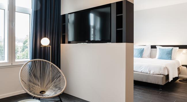 ホテル ポルティナリ - ブルージュ - 寝室