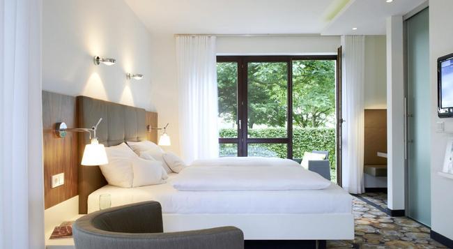 Mintrops Land Hotel Burgaltendorf - エッセン - 建物