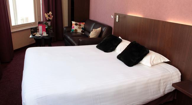 ホテル カナイー - リール - 寝室
