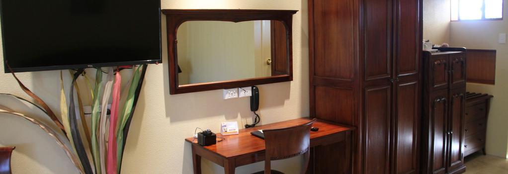 Overlander Homestead Motel - Roma - 寝室