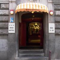 ロー ホテル Hotel Entrance