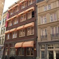 ロー ホテル Featured Image