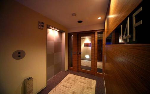 新宿ワシントンホテル - 東京 - 廊下