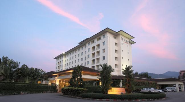 ティニディー ホテル アット ラノーン - ラノーン - 建物