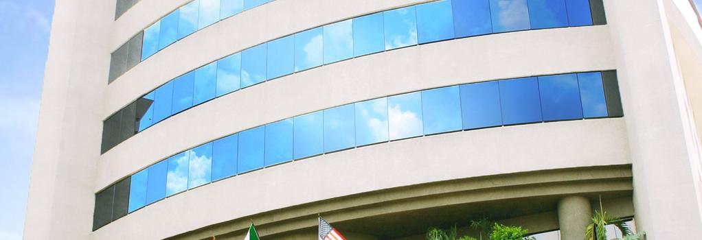Hotel San Marcos - クリアカン - 建物